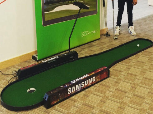 Branded golf putting game hire